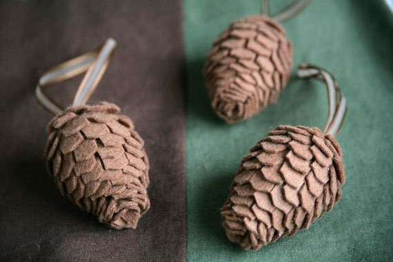 felt pinecone decorations