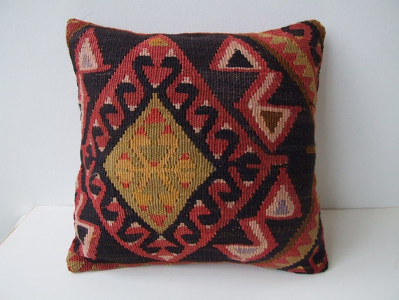 Eclectic Pillow Cases : Eclectic Design Choices - Designs for Your Life: December 2011