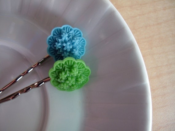 Daisy Bouquet Hair Pin Set- Blue and Green