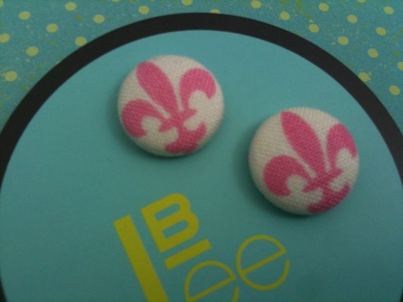 Precious pink and white fleur de lis fabric covered button earrings