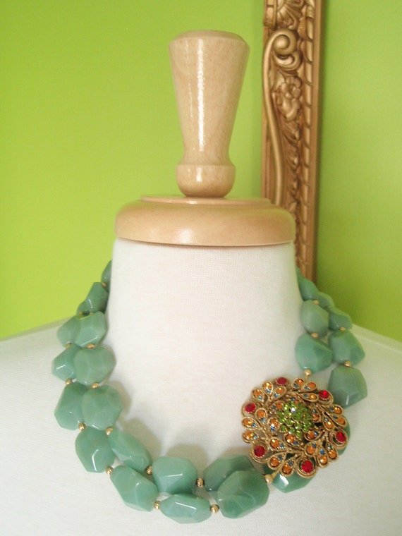 ELLIEANNA - Double Strand Adventurine Necklace with Gold Vintage Brooch