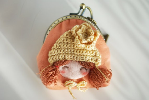 Girl with Knitting Hat Coin Purse (Metal Frame, Own Design and Hand Made)