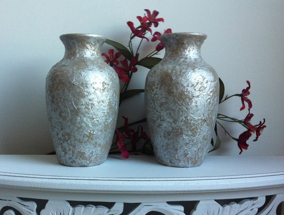 White Daisies Headstone Saddle and Vase Set