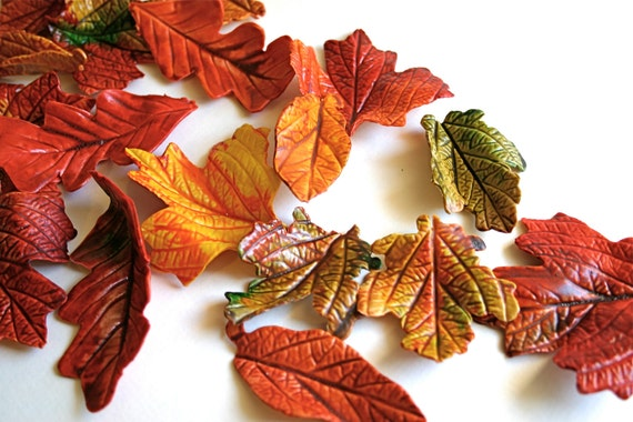 Edible Sugar Fall Leaves 4 dozen