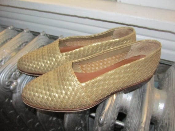 Nine West  Gold Woven Flats Size 7.5