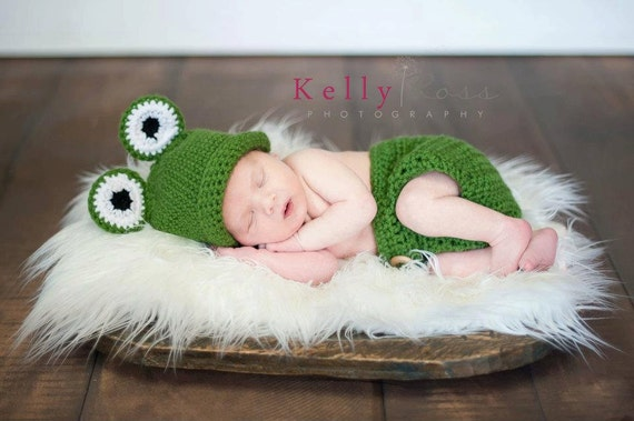 Crocheted Frog Hat and Diaper Cover Set Photo Prop