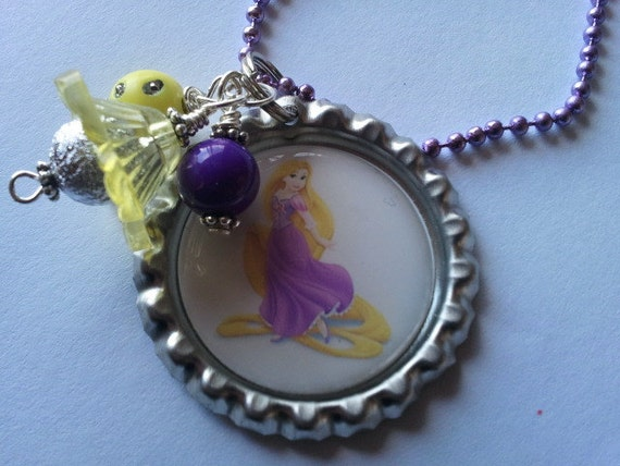 BOTTLE CAP NECKLACE Disney Tangled----Princess Rapunzel