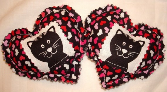 Catnip Cat Toys - Set of 2 - Valentine's Day Kitty Hearts