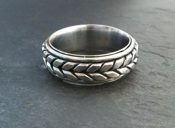Mens Wedding band stainless tire tread ring From metalofages