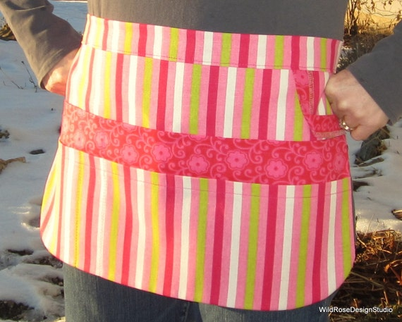 8-Pocket Utility Tool Gardening Apron in Pink Green White Candy Stripe & Pink Floral - size S/M