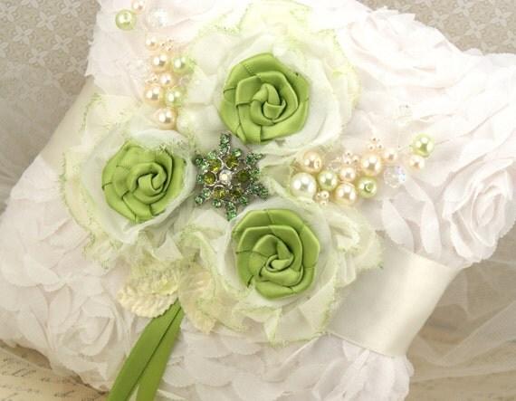 مخدات العروس il_570xN.315708653.jpg