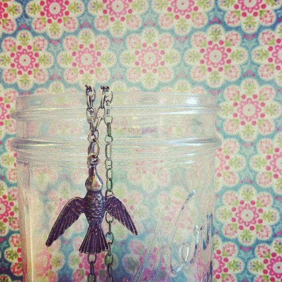 """Free as a Bird Sparrow Swallow Dove Antique Brass Necklace 19"""" 1041"""