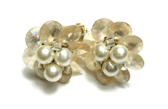Vintage, 1940s, MOP, Pearl, Flower, Earrings