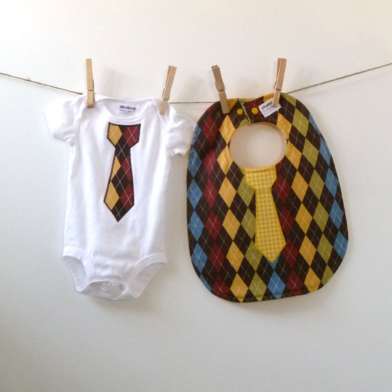 Argyle Tie Bib & Bodysuit Gift Set - Baby Shower Gift - NB, 3m, 6m, 9m