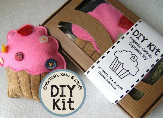 Catnip Cupcake Toy DIY Kit easy to sew