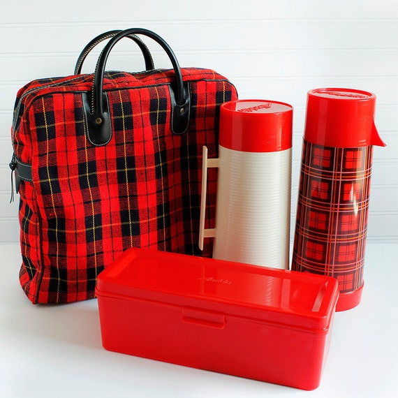 Vintage Plaid Aladdin Red Black Set Picnic Thermos