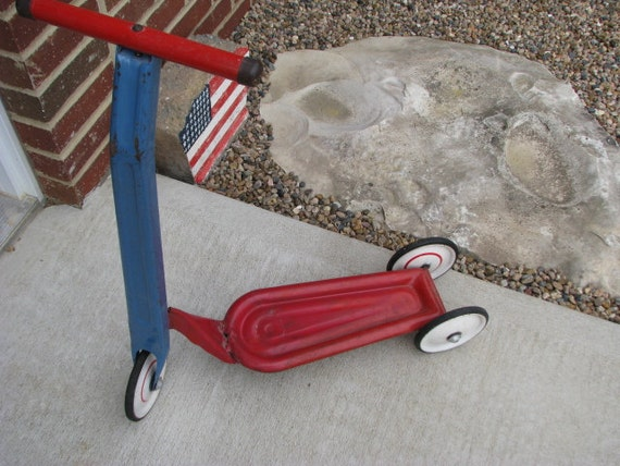 Vintage Child's Hamilton Greyhound Scooter