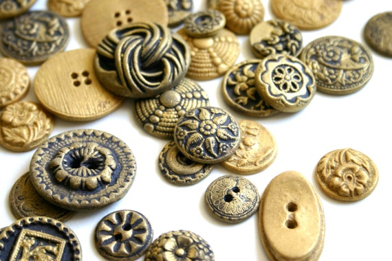 Edible Chocolate Candy Brass Buttons (Antique Inspired) 100 Cake Decoration - Wedding Favor - Etsy Weddings
