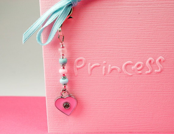 Little Gift Gift Idea - Princess Card in Pink with Heart Charm