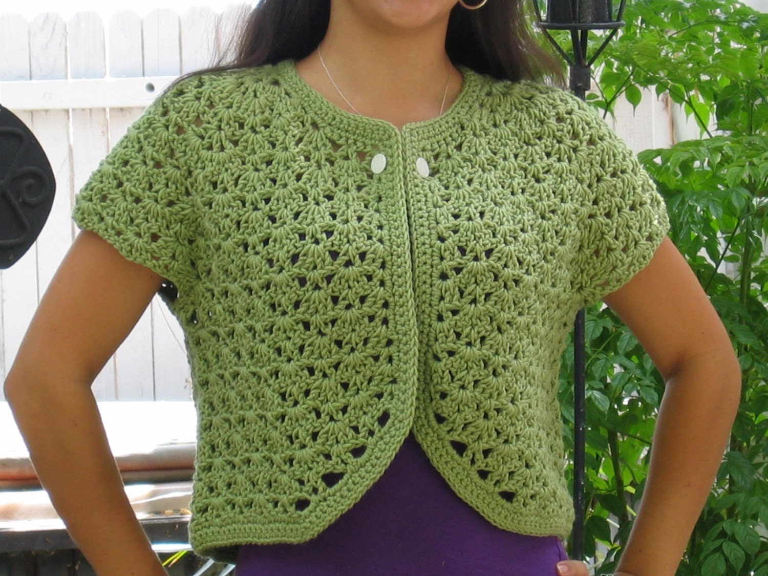 Beginner Crochet Sweater Patterns Free : CROCHET BOLERO SWEATER ? Crochet For Beginners