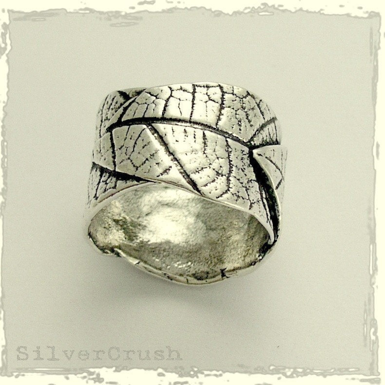 Sterling silver leaf wedding band falling leaves From silvercrush