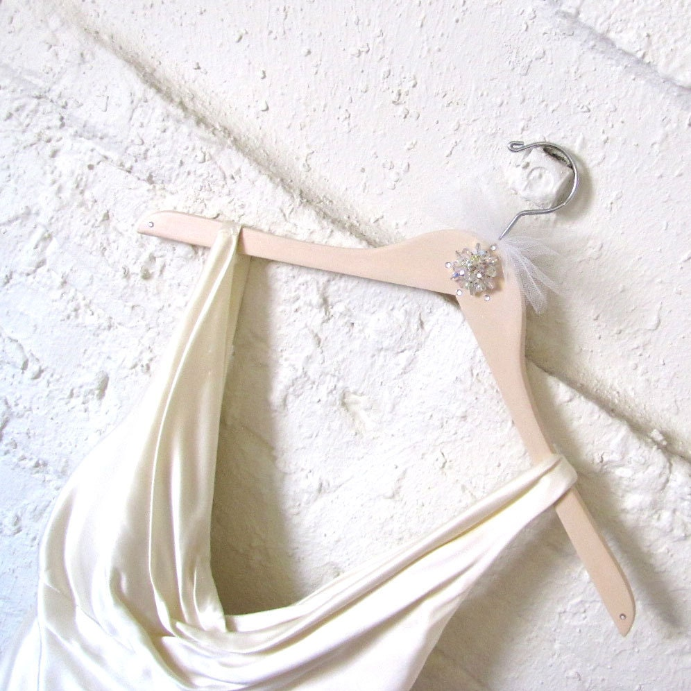 Love Honor Upcycle Picture Perfect Custom Wedding Dress Hangers
