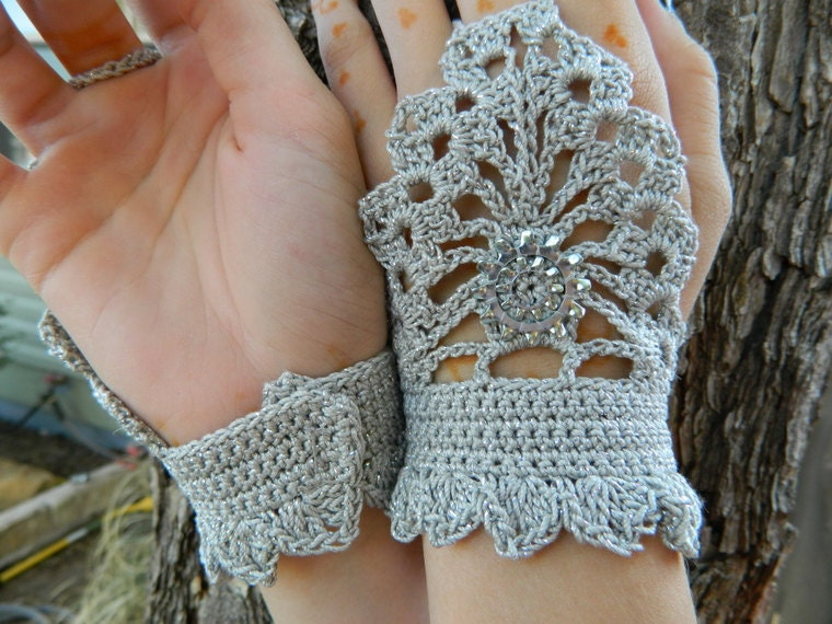 Crochet Gloves : steampunk fingerless gloves: more crochet ideas - crafts ideas ...