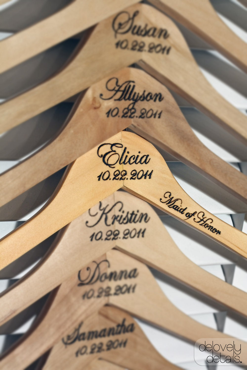 Cute Wedding Gift Ideas Diy : Personalized Dress Hangers For Bridesmaids