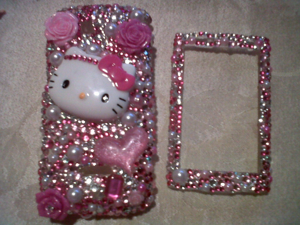 Hello Kitty rhinestones iphone case |.