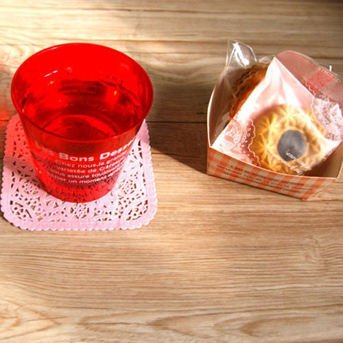 120 Square shaped paper doily set - 3Colors