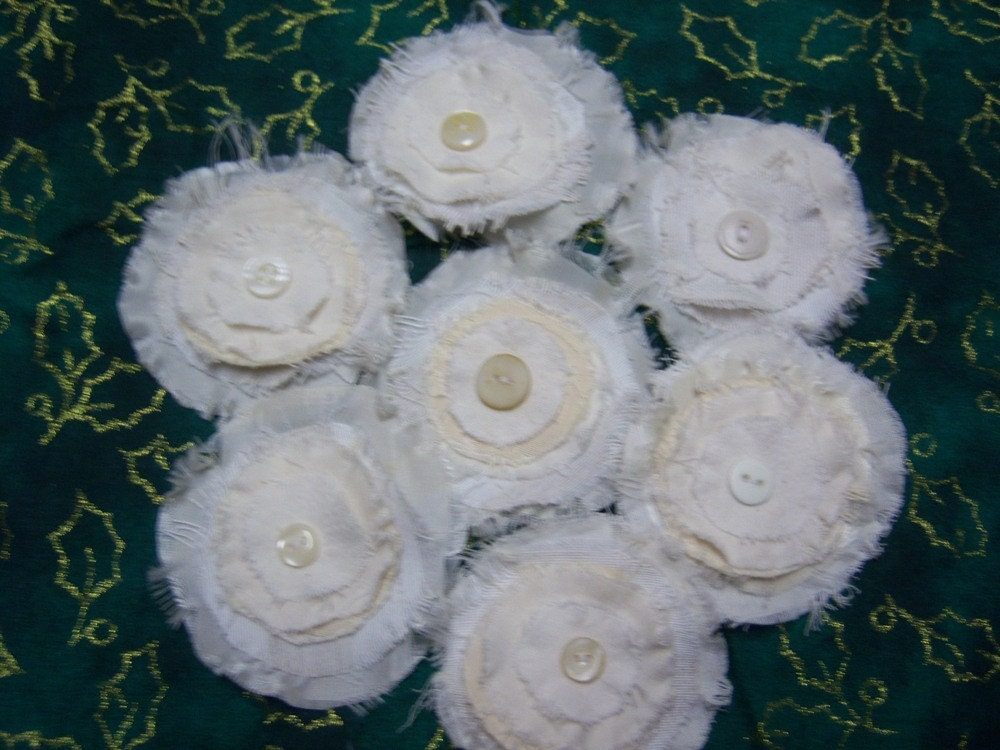 flowers vintage fabrics w vintage buttons for wedding head table