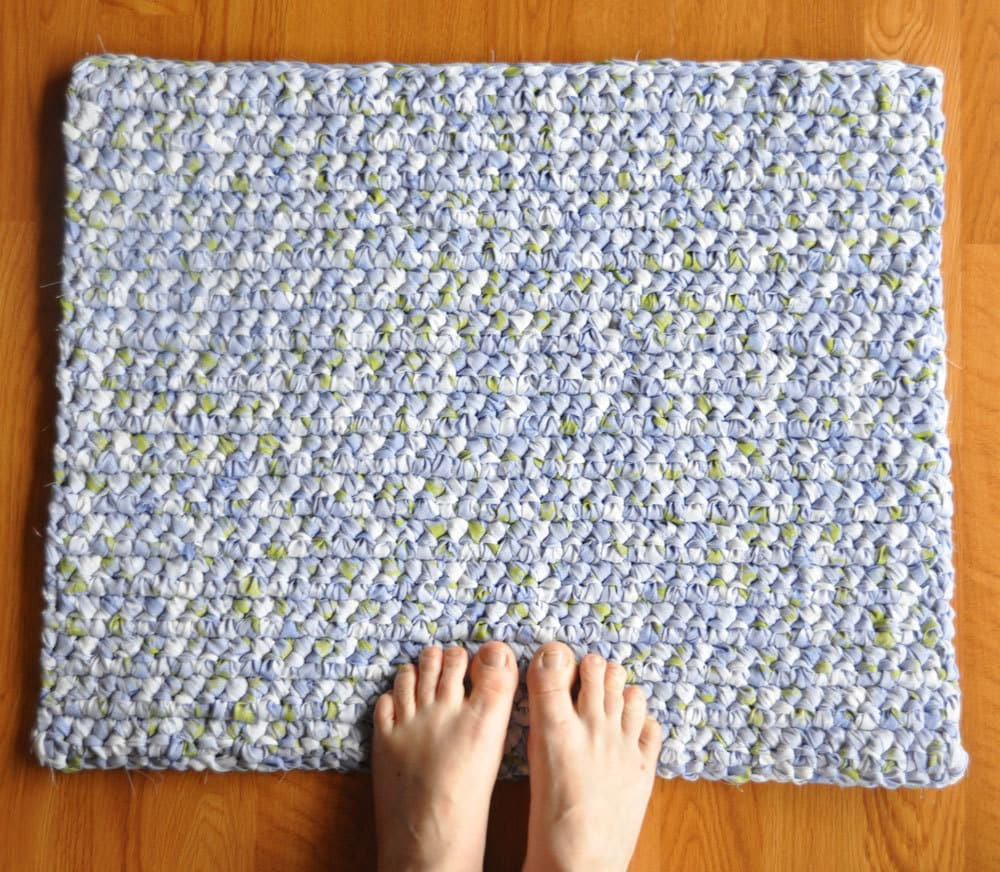 How to Make a Rag Rug | eHow.com