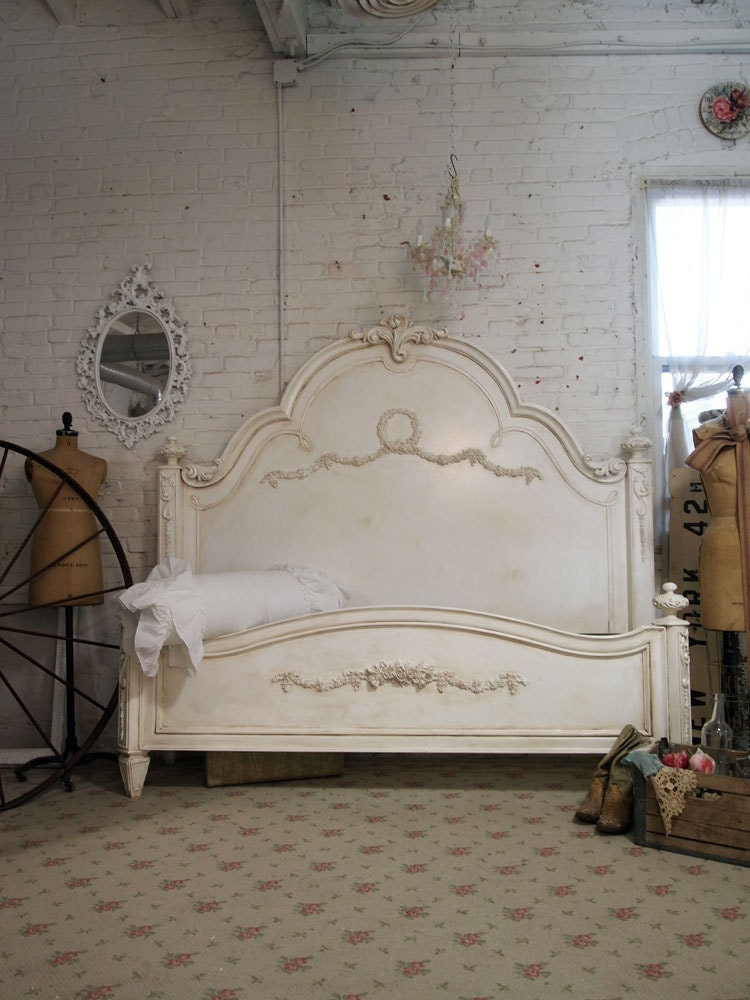 Shabby chic furniture bed for Shabby chic furniture