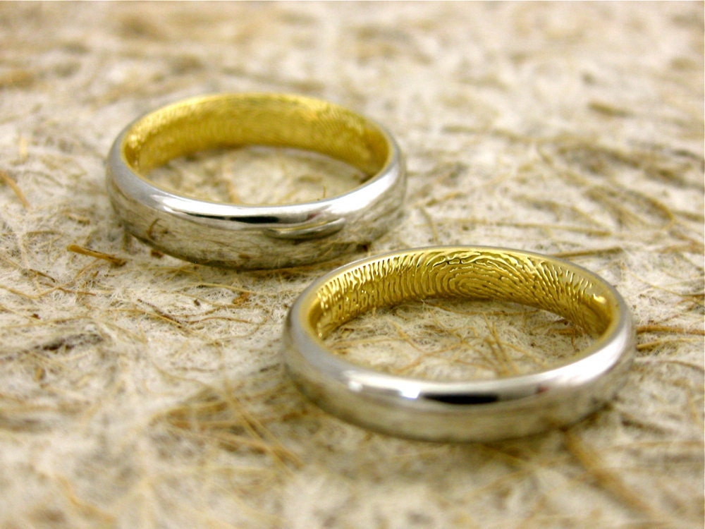 Two Tone Platinum 18K Yellow Gold Finger Print Wedding Ring Set Convex