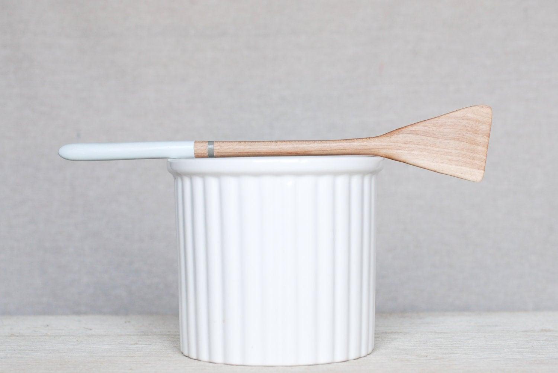 Kotona housewarming gift ideas for the minimalist for Minimalist gifts for housewarming